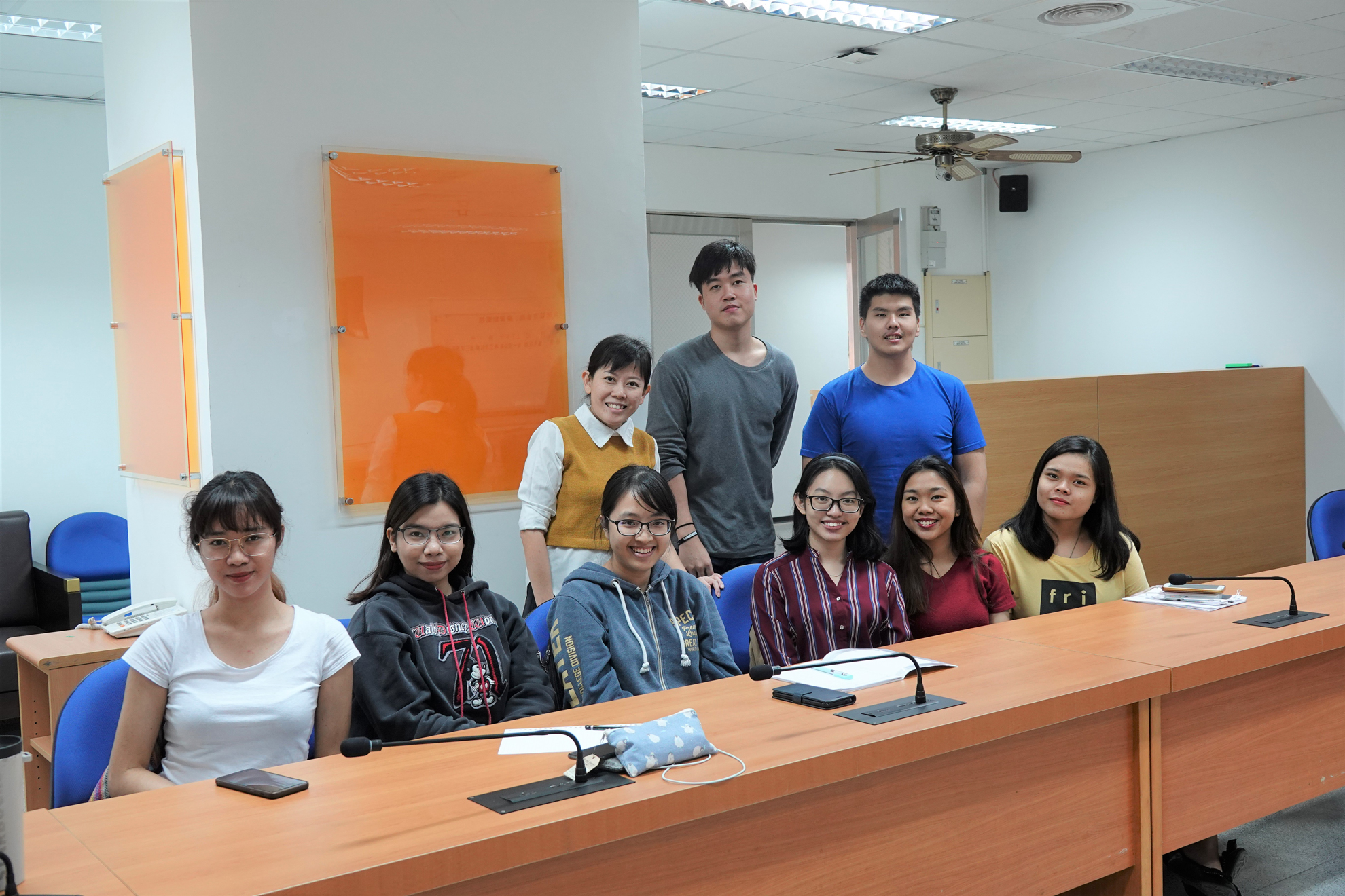 Photo with CTBC international students and had a great conversation with each other
